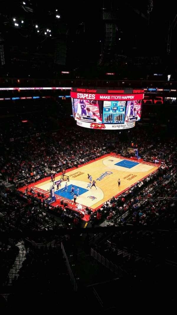 Staples Center, sección: 306, fila: 1, asiento: 5
