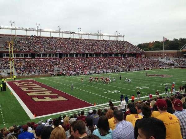 Alumni Stadium, sección: A, fila: 26, asiento: 20