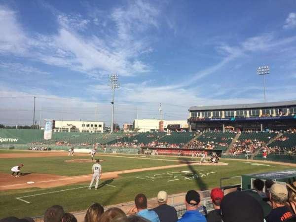Jackson Field, sección: P, fila: 9, asiento: 18