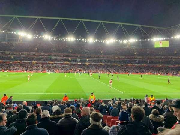 Emirates Stadium, sección: 17, fila: 17, asiento: 528