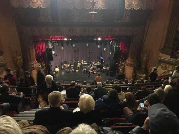 Beacon Theatre, sección: Upper Balcony C, fila: L, asiento: 102
