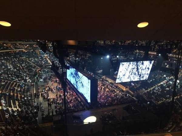 Madison Square Garden, sección: 415, fila: 4, asiento: 15