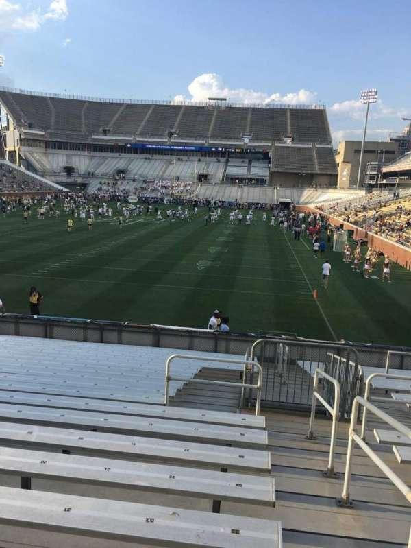 Bobby Dodd Stadium, sección: 133, fila: 22, asiento: 33