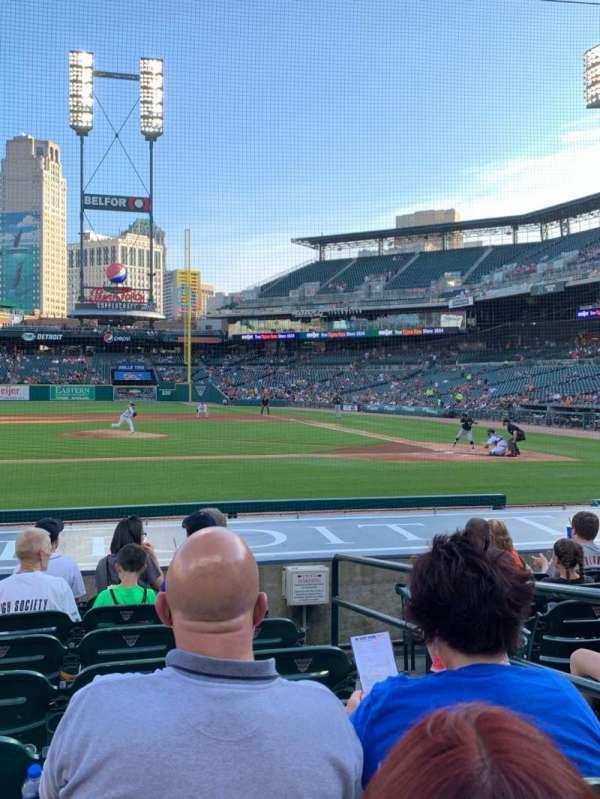 Comerica Park, sección: 133, fila: 14, asiento: 4
