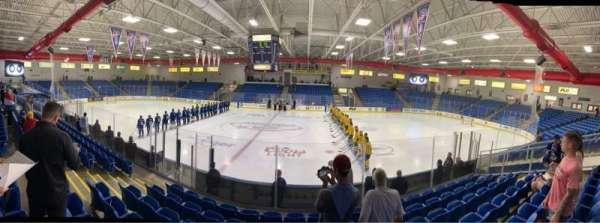 USA Hockey Arena, sección: 102, fila: K, asiento: 10