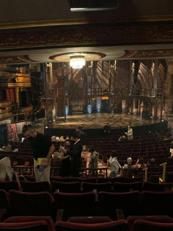 Richard Rodgers Theatre, sección: Orchestra L, fila: S, asiento: 9