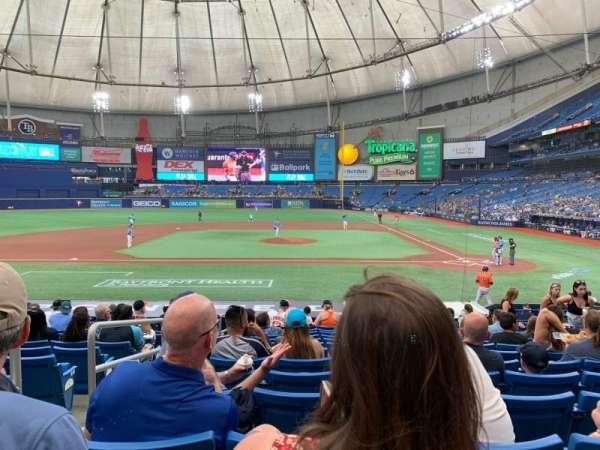 Tropicana Field, sección: 111, fila: X, asiento: 2