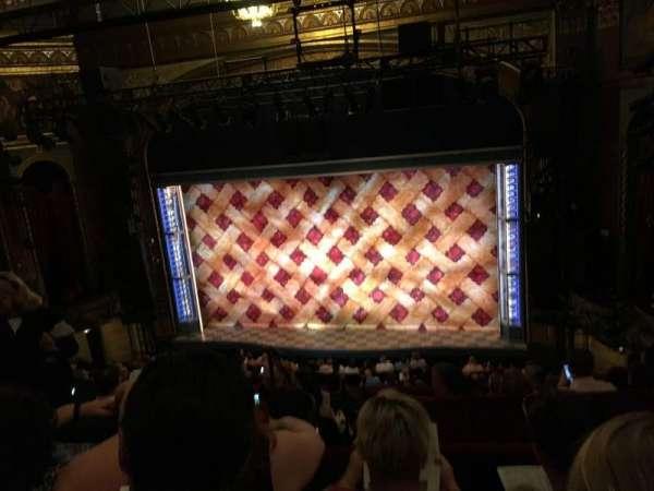 Brooks Atkinson Theatre, sección: Center MEZZ, fila: G, asiento: 106