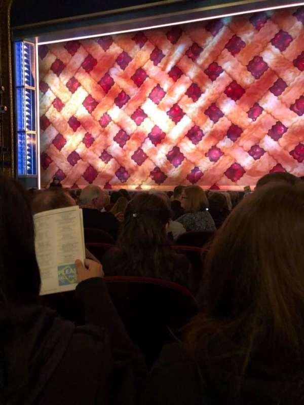 Brooks Atkinson Theatre, sección: Orch, fila: K, asiento: 113