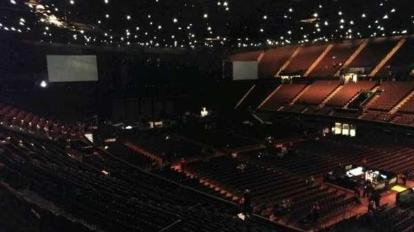 The Forum, sección: 231, fila: 2, asiento: 14
