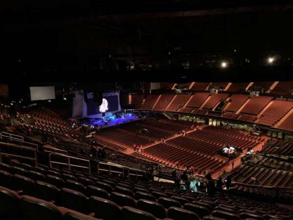 The Forum, sección: 331, fila: 20, asiento: 14
