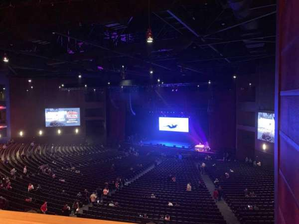 Microsoft Theater, sección: Lower Mezz Right, fila: C, asiento: 113