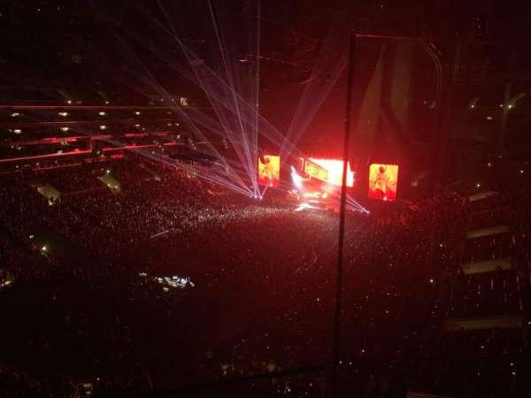 Staples Center, sección: 301, fila: 1, asiento: 1
