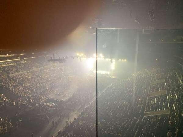Staples Center, sección: 306, fila: 1, asiento: 1