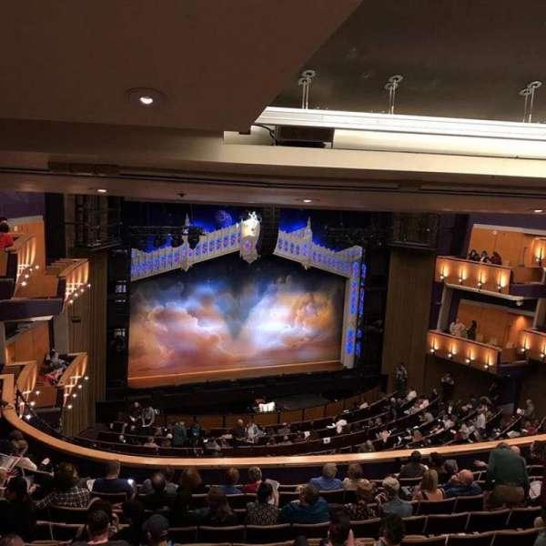 Ahmanson Theatre, sección: Mezzanine, fila: L, asiento: 38