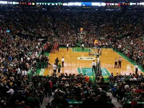 TD Garden, sección: AT&T Sports Deck, fila: B, asiento: 34