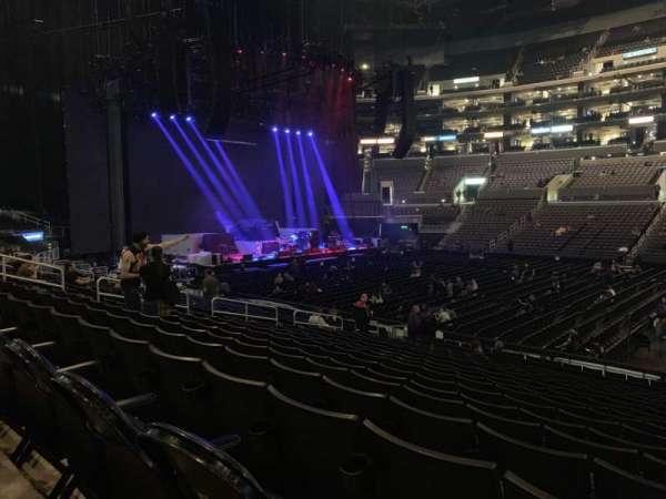 Staples Center, sección: 111, fila: 18, asiento: 3