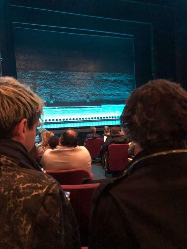 Broadhurst Theatre, sección: Orchestra L, fila: J, asiento: 3