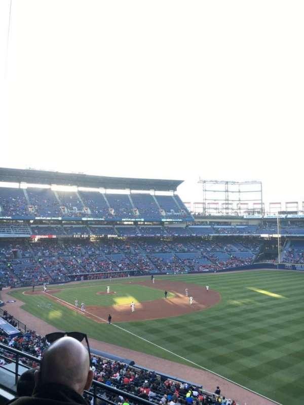 Turner Field, sección: 323L, fila: 3, asiento: 103