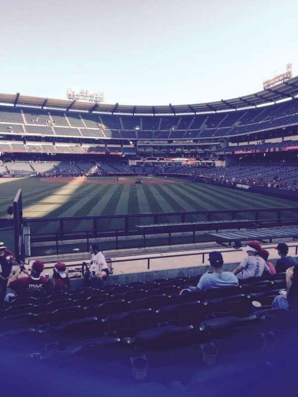 Angel Stadium, sección: P258, fila: r, asiento: 1