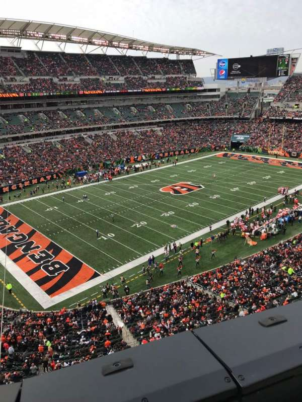 Paul Brown Stadium, sección: 347, fila: 1, asiento: 14