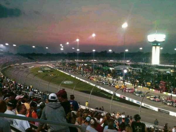 Richmond International Raceway, sección: Veranda D, fila: 20, asiento: 3
