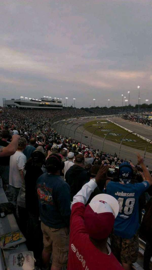 Richmond International Raceway, sección: Veranda D, fila: 11, asiento: 20