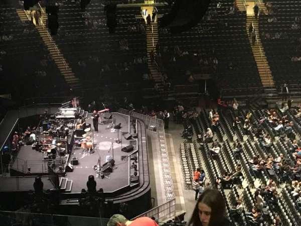 Madison Square Garden, sección: 222, fila: 12, asiento: 21