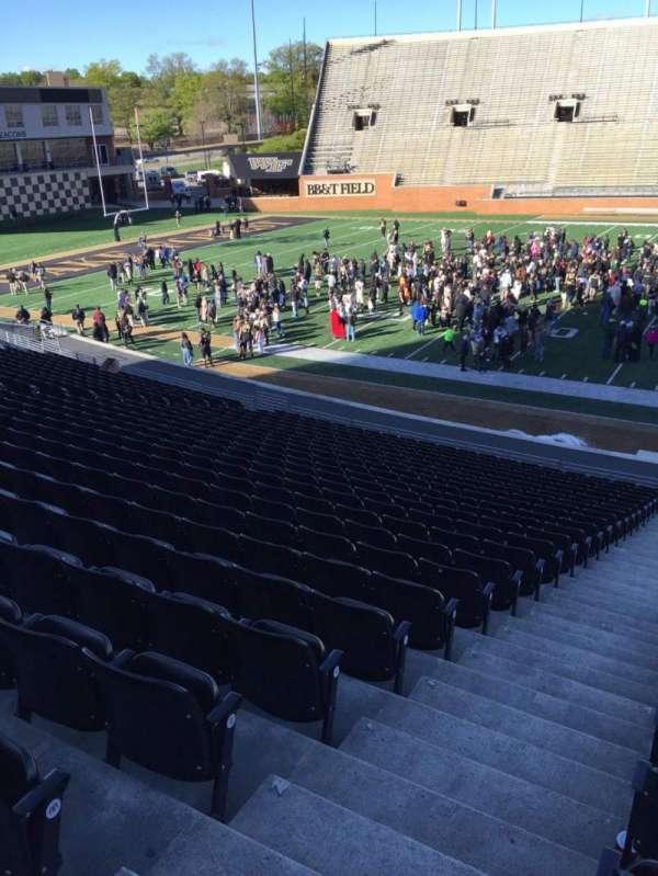 BB&T Field, sección: 6, fila: CC, asiento: 23