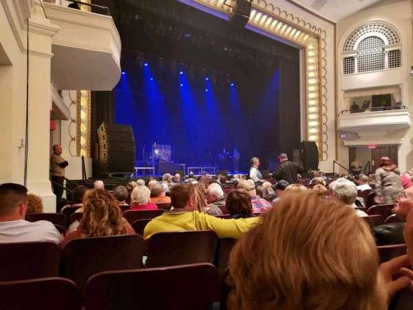 Bloomington Center For The Performing Arts, sección: Main, fila: K, asiento: 19