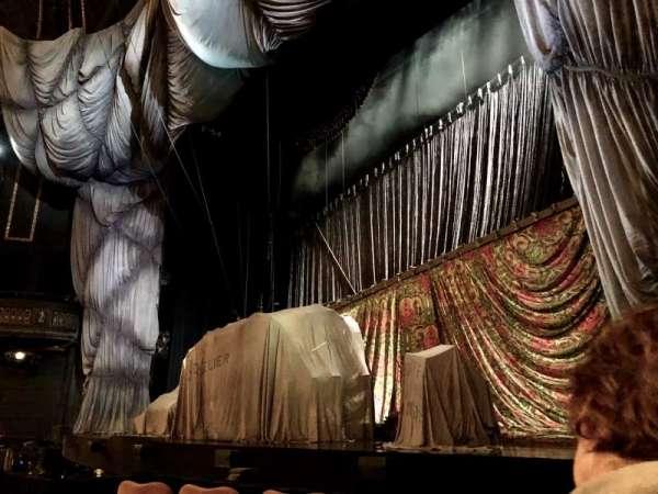 Majestic Theatre, sección: Orchestra R, fila: B, asiento: 14