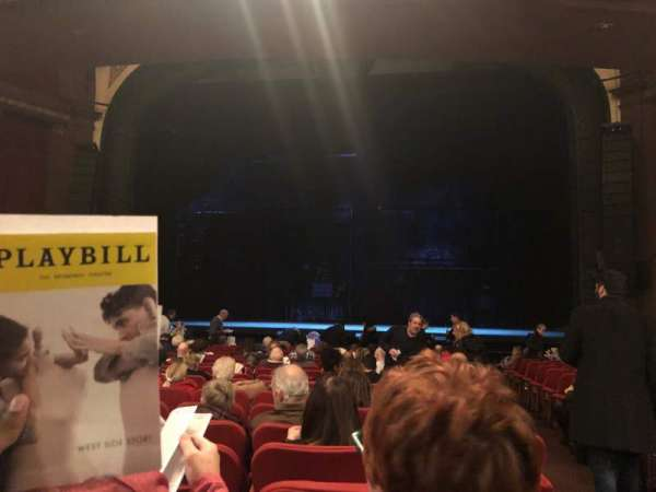 Broadway Theatre - 53rd Street, sección: Orchestra C, fila: R, asiento: 101