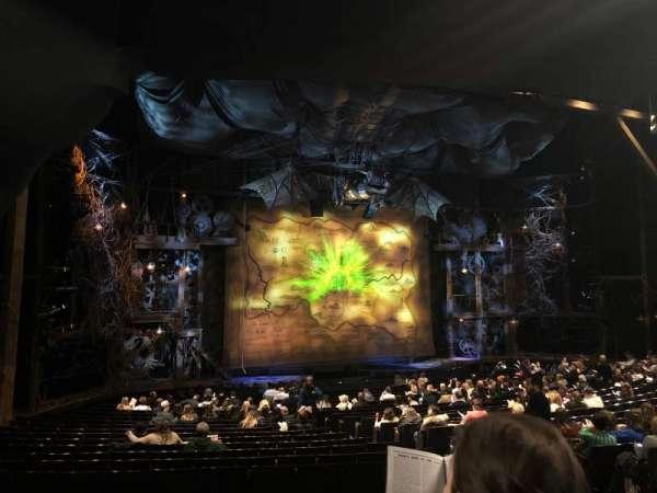 Gershwin Theatre, sección: Orchestra L, fila: V, asiento: 17