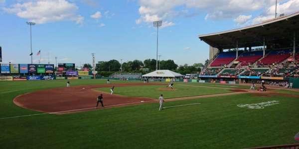 McCoy Stadium, sección: 13, fila: D, asiento: 11
