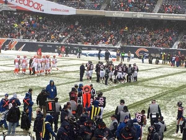 Soldier Field, sección: 138, fila: 13, asiento: 9