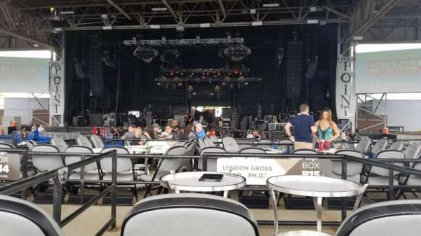 Hollywood Casino Amphitheatre (Maryland Heights), sección: Center, fila: X, asiento: 136