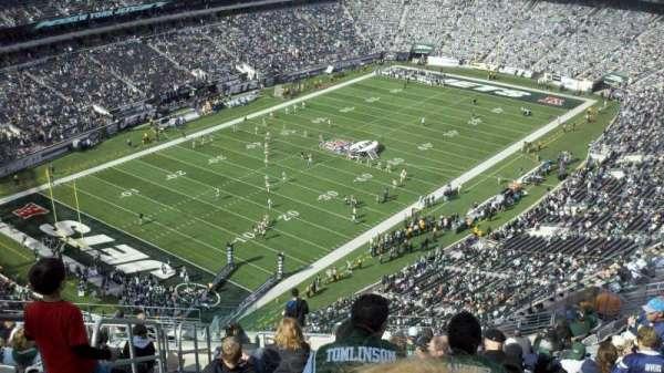 MetLife Stadium, sección: 320, fila: 22, asiento: 36