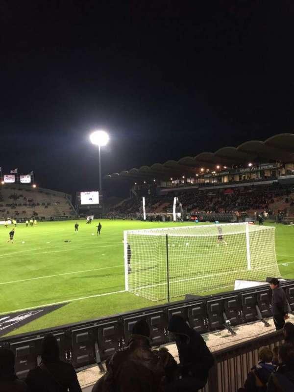 Stade Raymond Kopa, sección: Coubertin, fila: F, asiento: 125