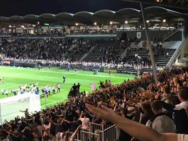 Stade Raymond Kopa, sección: Coubertin F, fila: AC, asiento: 145