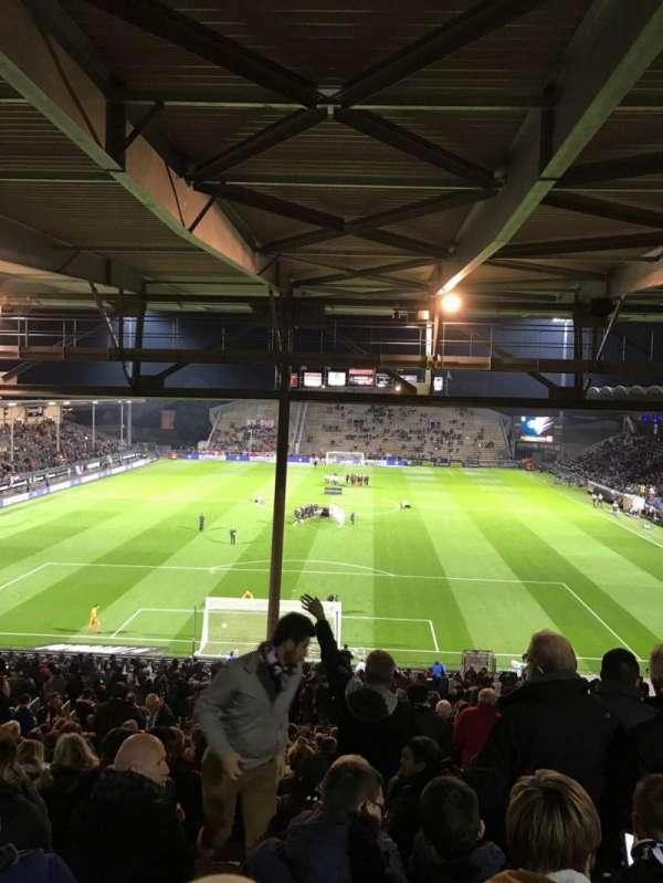 Stade Raymond Kopa, sección: Coubertin C, fila: AL, asiento: 132