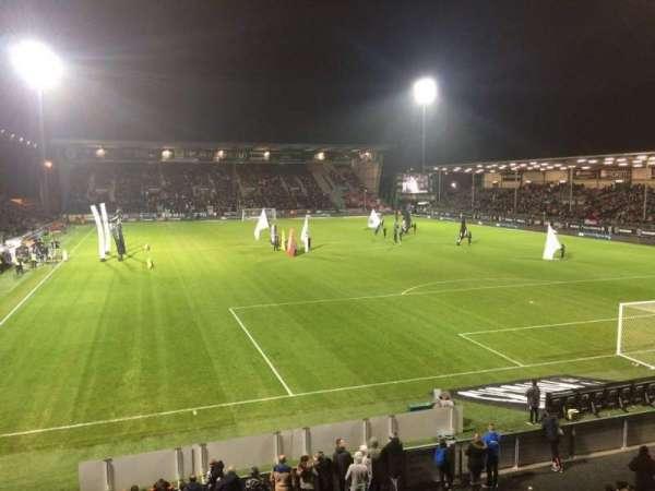 Stade Raymond Kopa, sección: Colombier, fila: T, asiento: 24