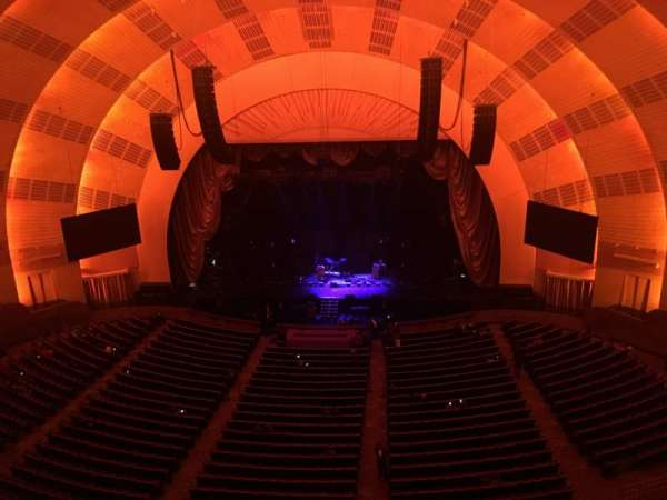 Radio City Music Hall, sección: 3RD Mezzanine 3, fila: B, asiento: 313