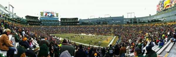 Lambeau Field, sección: 109, fila: 44, asiento: 17