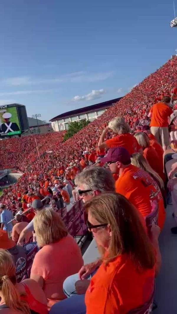 Lane Stadium, sección: 15, fila: FFF, asiento: 26
