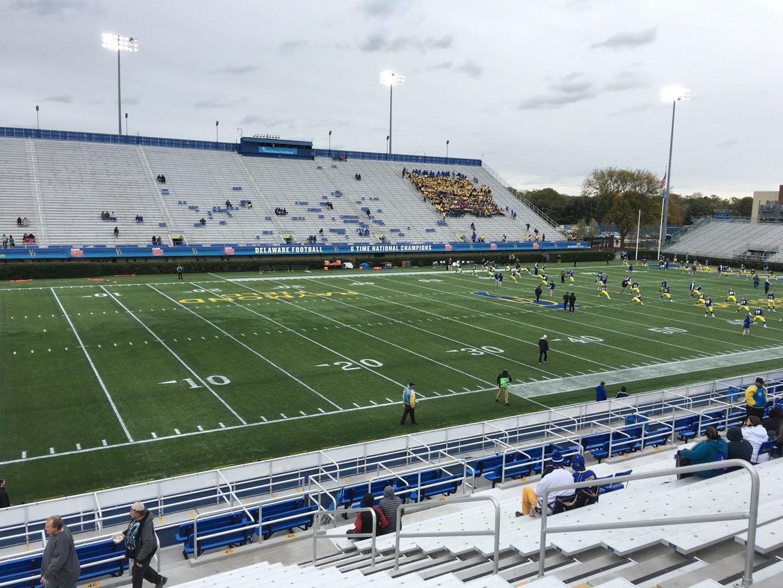 Delaware Stadium Sección G Fila P Asiento 8