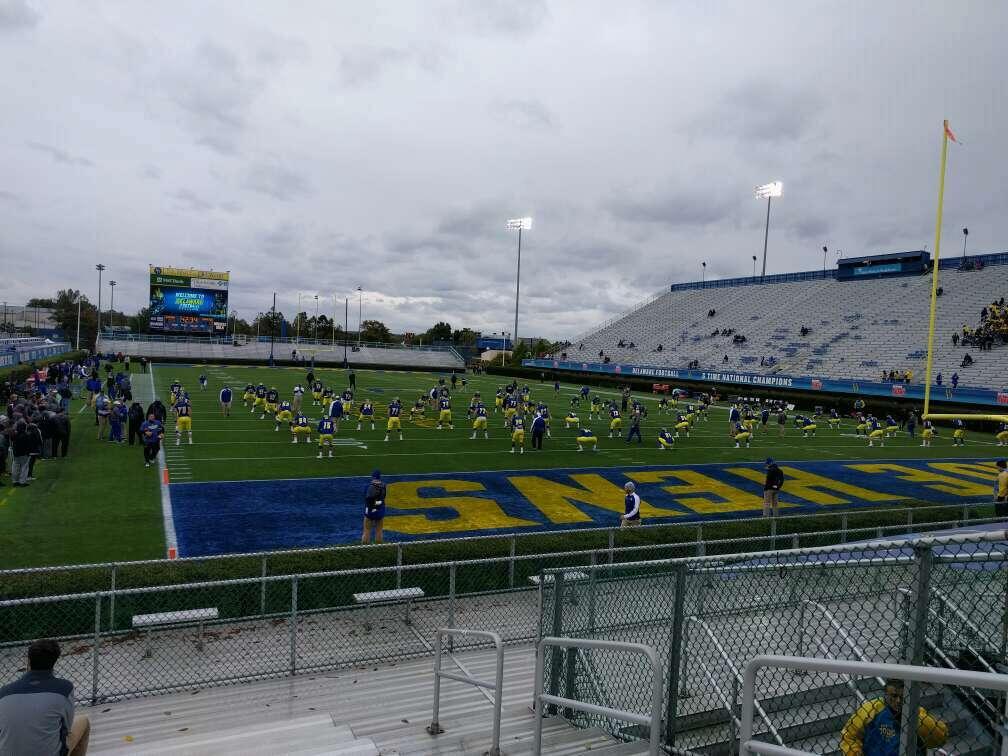 Delaware Stadium Sección hh Fila l Asiento 4