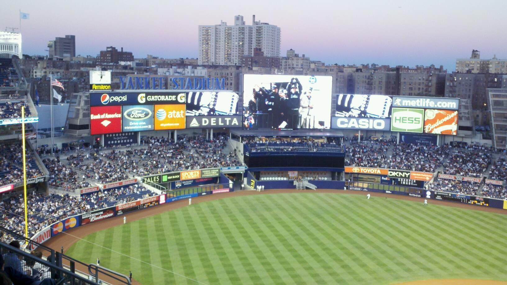 Yankee Stadium Sección 422 Fila 5 Asiento 20