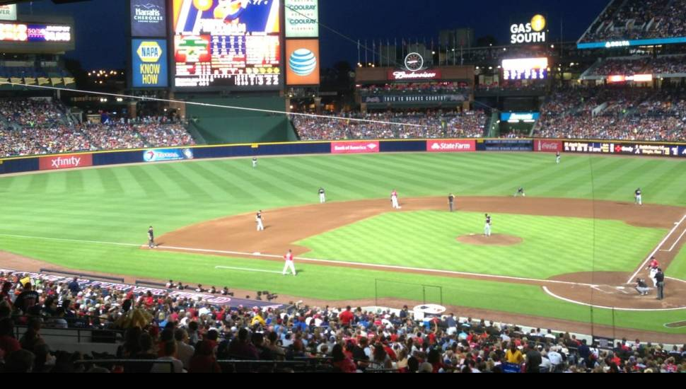 Turner Field,  Sección <strong>122</strong>, Fila <strong>4</strong>, Asiento <strong>2</strong>