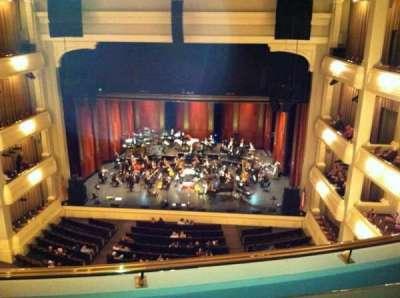 Bass Performance Hall, sección: Lower Gallery, fila: B, asiento: 28