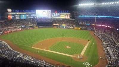 Yankee Stadium, sección: 322S, fila: 9SR, asiento: 9